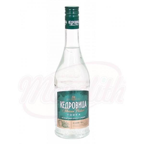 Vodka Kedrovisa con cedro y miel 40 0,5 L - Rusia