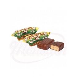 Bombones Korovka leche al horno con barquillo glaseados en chocolate 100 g