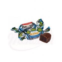 Bombones con gelatina sabor arandanos glaseados en cacao 100g