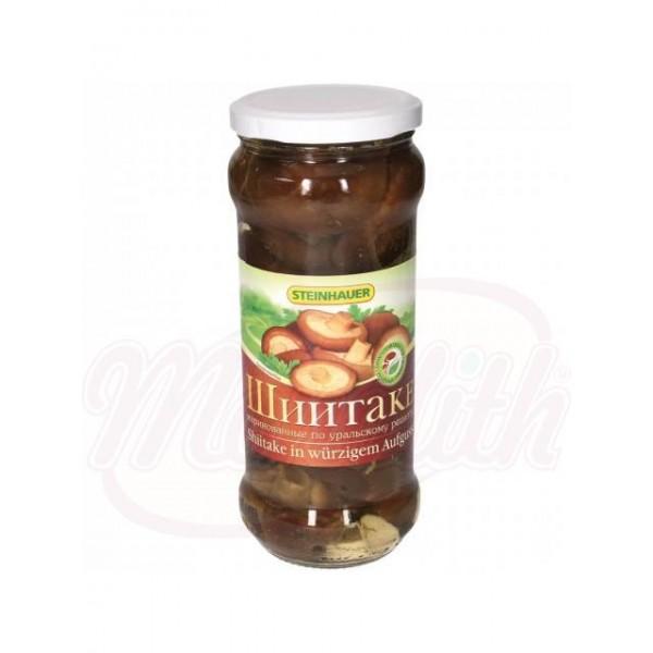 Setas zhiitaki marinados según la receta de Ural - Alemania
