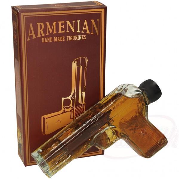"""Brandy Armenio """"PISTOLA"""" en caja de regalo, 40 alc. 0.2L - Armenia"""
