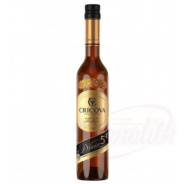"Brandy de Moldavia Divin 5* ""Cricova"" 40  vol. 0.5L - Moldavia"