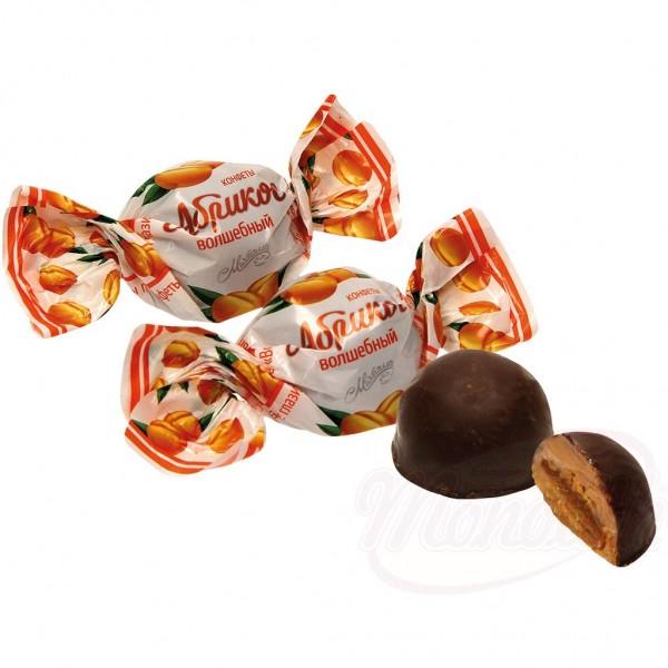 """Bombon con albaricoque """"Volshenbyi Abrikos"""" en glace de cacao 100g - Bielorrusia"""